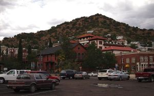 800px-Bisbee_Arizona-27527-2_wiki